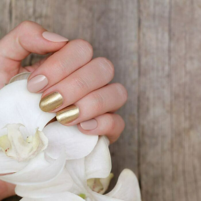 Pale nails trend nageldesign