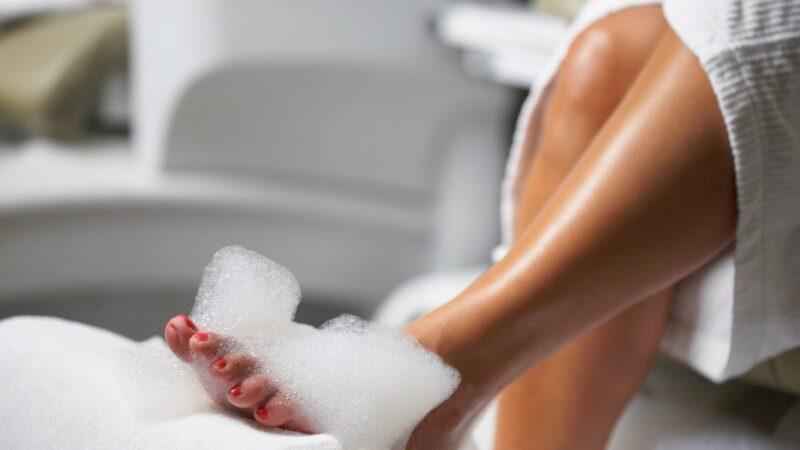 Pediküre zu Hause- Schöne Füße in 15 Minuten