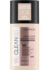 Catrice Clean ID High Cover Luminous Matt Flüssige Foundation  30 ml Nr. 004 - Light Almond