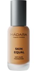 MADARA Skin Equal  Flüssige Foundation  30 ml Golden sand