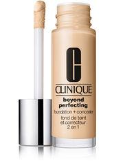 Clinique Beyond Perfecting 2-in-1: Foundation + Concealer Flüssige Foundation 30 ml Nr. Cn 10 Alabaster
