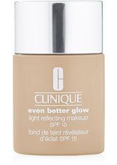 Clinique Even Better Glow Light Reflecting Makeup SPF 15 Foundation CN 58 Honey 30 ml Flüssige Foundation