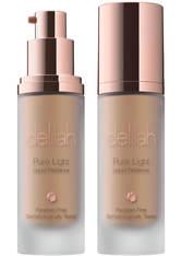 delilah Pure Light Liquid Radiance Flüssige Foundation  40 g Halo