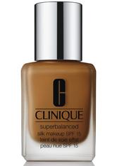 Clinique Superbalanced Silk Makeup Foundation SPF15 (verschiedene Farbtöne) - Silk Brandy
