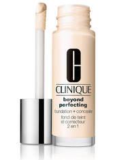 Clinique Beyond Perfecting Foundation und Concealer 30ml - CN 0.75 Custard