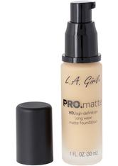L.A. Girl - Foundation - Pro Matte - HD Long Wear Matte Foundation - 717 Soft Beige