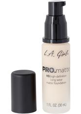 L.A. Girl - Foundation - Pro Matte - HD Long Wear Matte Foundation - 671 Ivory