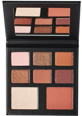 BEAUTY BAY - YOU x BEAUTY BAY Coral Me Back Eyeshadow And Face Palette - LIDSCHATTEN