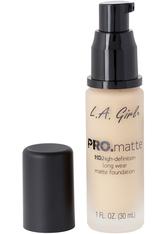 L.A. Girl - Foundation - Pro Matte - HD Long Wear Matte Foundation - 716 Nude