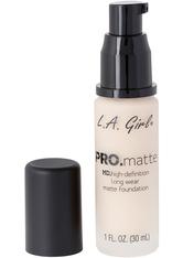 L.A. Girl - Foundation - Pro Matte - HD Long Wear Matte Foundation - 715 Porcelain
