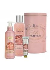 Un Air d'Antan La Vie en Rose French Bath & Body Trio Gift Set