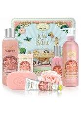 UN AIR D'ANTAN - Un Air d'Antan La Vie Est Belle French Bath & Body Collection Gift Set La Vie en Rose - DUSCHEN & BADEN