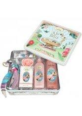 UN AIR D'ANTAN - Un Air d'Antan La Vie Est Belle French Bath & Body Collection Gift Set Fleurs de Cerisiers - KÖRPERPFLEGESETS