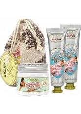 Un Air d'Antan Full Hand Care Set Les cerisiers en Fleurs, 1 hand & nail scrub + 2 hand creams