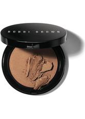 BOBBI BROWN - Bobbi Brown Illuminating Bronzing Powder (verschiedene Farbtöne) - Bali Brown - CONTOURING & BRONZING