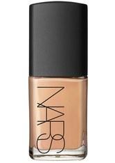 NARS - NARS Cosmetics Sheer Glow Foundation - verschiedene Töne - Barcelona - FOUNDATION